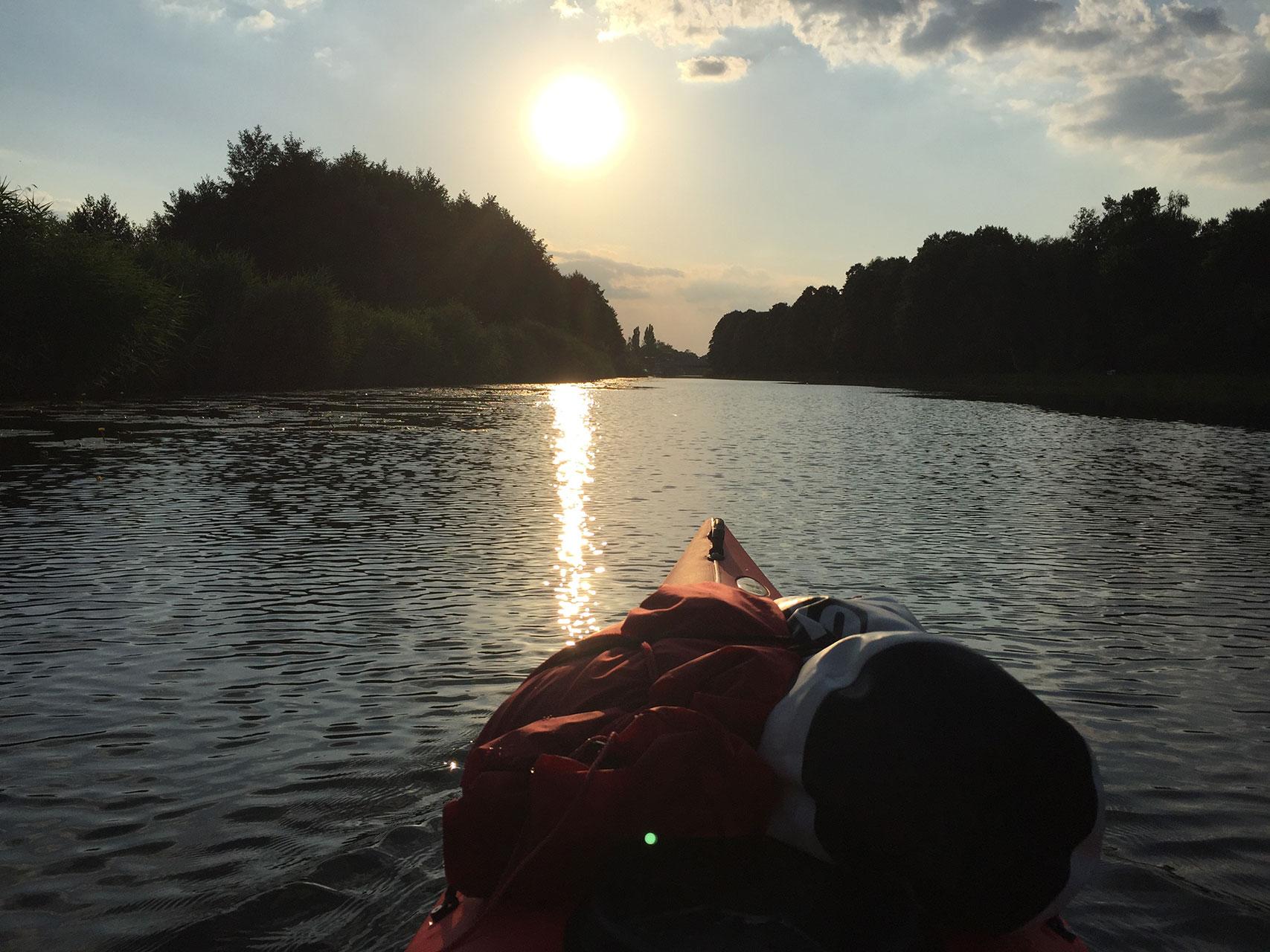 Paddeltour in der Abendsonne auf der Elde