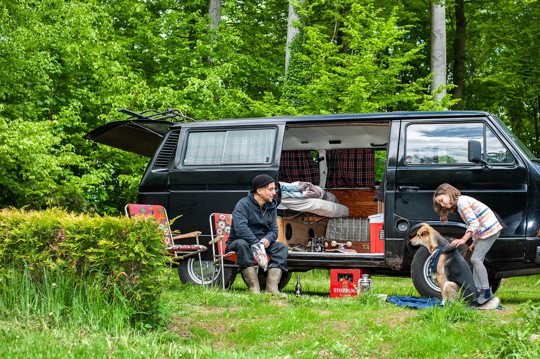 VW T3 Mann Hund Kind